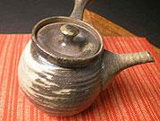 陶芸体験で作れる作品一覧の益子焼の急須